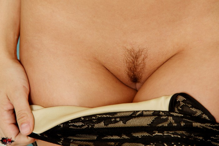 Gracie Glam Shaved