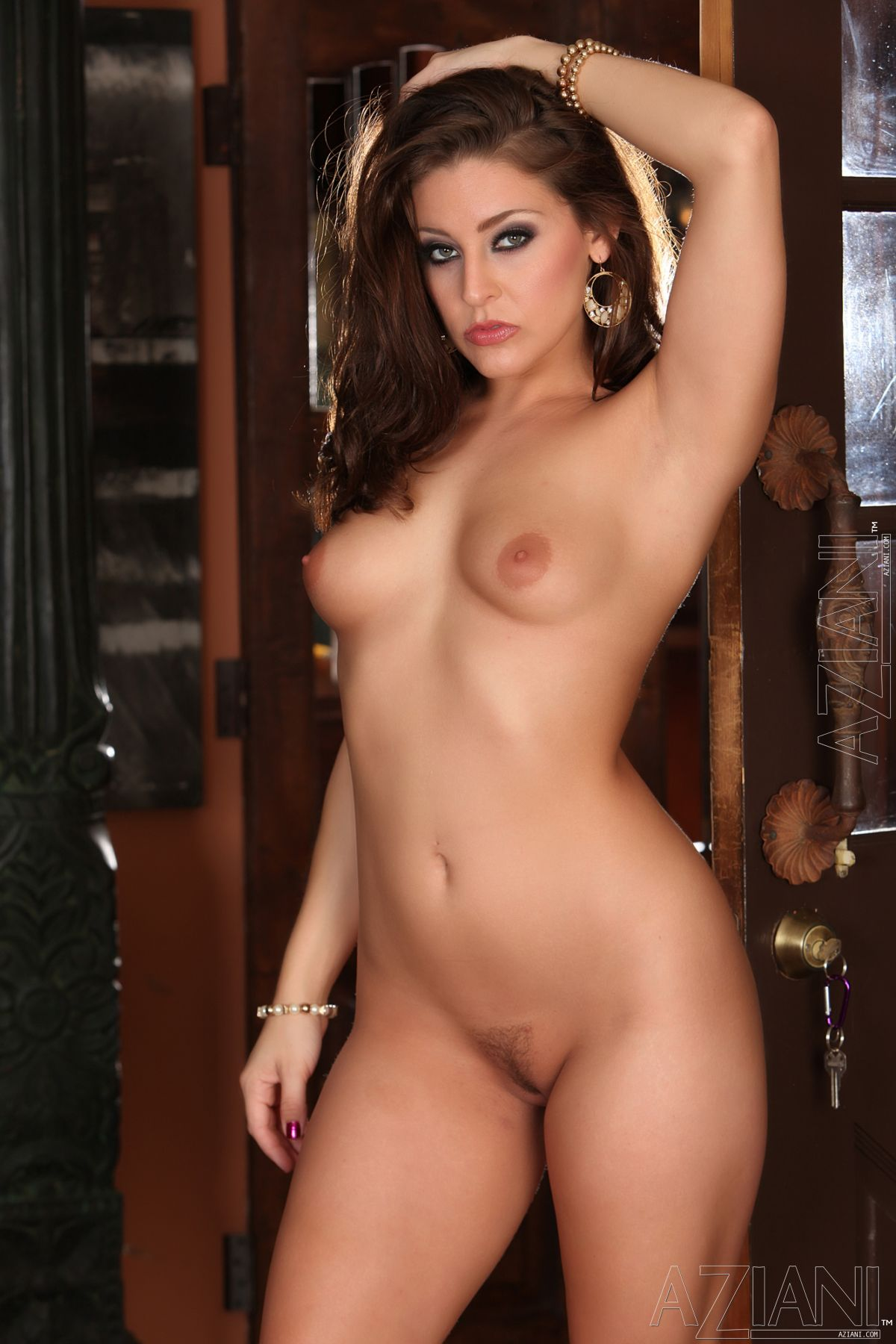 Glam Deluxe Galleries at YourDailyGirlscom